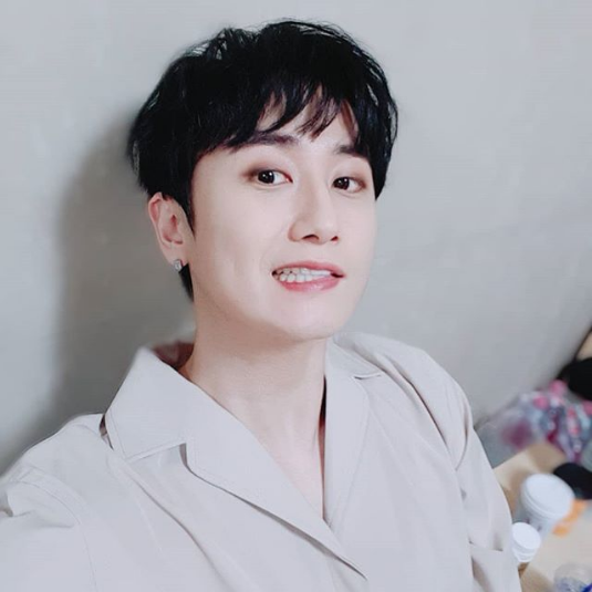 http://uupload.ir/files/q01y_screenshot-2018-8-24_youngsaeng_heo_on_instagram_%E2%80%9C%EC%A7%80%EB%B9%88%EC%9D%B4%EA%B0%80_%EC%99%9C%EC%BC%80_%EC%85%80%EC%B9%B4_%EB%AA%BB_%EC%B0%8D%EB%83%90%EB%A9%B0_%EC%B0%A8%EB%9D%BC%EB%A6%AC_%EC%9D%B4%EA%B2%8C_%EA%B4%9C%EC%B0%AE%EB%8B%A4%EB%A9%B0_%EB%82%9C_%EB%B3%84%EB%A1%A0%EB%8D%B0_%EC%9D%B4%EA%B2%8C_%EC%9A%94%EC%A6%98_%EB%8A%90%EB%82%8C%EC%9D%B4%EB%9D%BC%EB%A9%B0_%ED%95%9C%EB%95%8C_%EC%85%80%EC%B9%B4%EA%B3%A0%EC%88%98_%EC%98%80%EC%97%88%EB%8A%94%EB%8D%B0_%E3%85%A0%E3%85%A0_%EB%B0%95%EC%A7%80%EB%B9%88_%EC%96%B4%EB%8A%90%EB%8D%A7%EC%96%B4[...].png